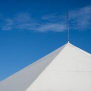 Jaki jest orientacyjny koszt wynajmu hali namiotowej?